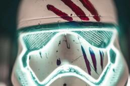 来自voxeljet的3D打印风暴兵头盔。