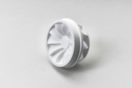 3D打印塑料投资铸造的叶轮芯。